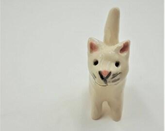 Miniature white cat figurine - terrarium miniatures