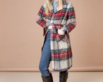PLAID JACKET women MOHAIR Scottish Scotland coat Belted trench wool vintage Small / Medium excellent condition