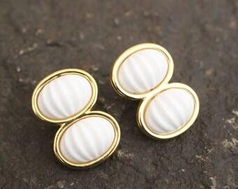 Monet, Monet Earrings, Vintage Monet Earrings, Gold Tone Earrings, Earrings, Vintage Earrings, Earrings, Clip On Earrings