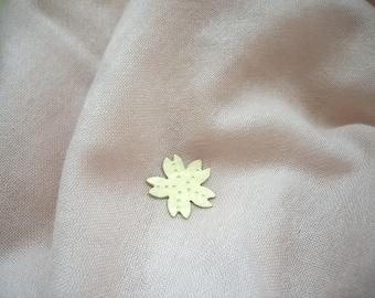Sakura gold pin brooch, Flower brooch pin, Gold flower brooch, Sakura pin badge, Spring brooch, Shawl pin, Sweater pin, Scarf pin, Hat pin