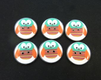 """6 Green and Orange Owl Sewing Buttons.  Handmade Buttons.  3/4"""" or 20 mm round."""