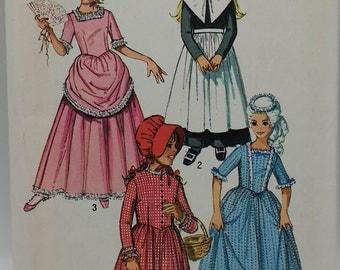1970s Costume Pattern Girls Puritan Dress,Girls Centennial Dress,Girls 18th 19th Century Costumes Simplicity 9136