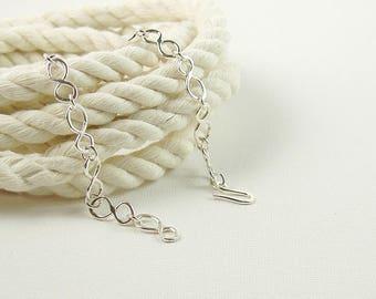 Infinity Link Bracelet, Hammered Sterling Silver Jewellery, Metalsmith Bracelet, Everyday Jewellery, Minimalist Bracelet, Simple Jewellery