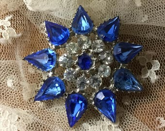 Deeply Cool Royal Blue Clear Rhinestone Silver Tone Snowflake Brooch Pin Unsigned 1960's 1970's Fresh Icy Cobalt Blue Feminine Woman