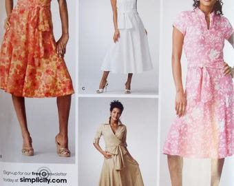 Misses' High Fashion Dress Simplicity 3877 Sewing Pattern Threads Magazine Fashion Dress, Sleeve Variations Flared Skirt  Size 6 - 14 UNCUT