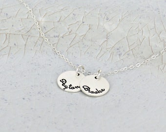 "Mother name necklace • 9/16"" discs personalized necklace • Kids name necklace • Keepsake name jewelry • Family necklace for mom"