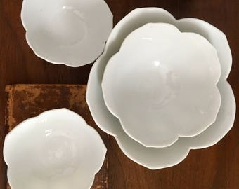 Set of 4 Lotus Flower Bowls