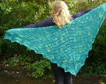 Green Knitted Lace, Wrap, Scarf, Alpaca, Triangular