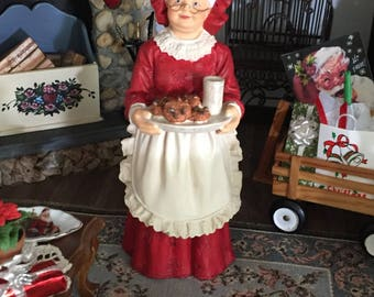 Miniature Mrs Claus Figurine, Standing With Cookies, Dollhouse Miniature, 1:12 Scale, Christmas Decor, Shelf Sitter, Topper
