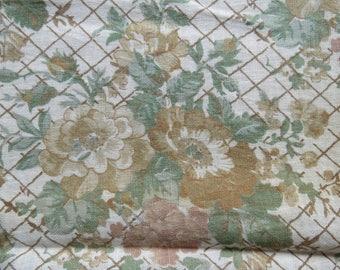"1915 Antique Vintage Floral Print Cotton FABRIC 32"" Wide 1.8 yards"