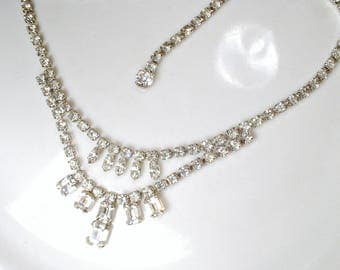 Signed WEISS Vintage Crystal Rhinestone Bridal Necklace, Silver Statement Necklace, 1940s Gatsby Wedding Bib Necklace Old Hollywood Glam