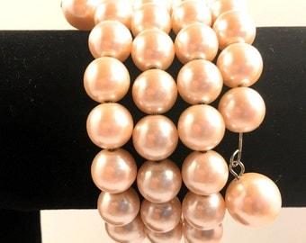 Pink Bracelet, Vintage Jewelry, Faux Pearl Bracelet, Wrap Bracelet, Vintage Bracelet, Beaded Bracelet, Memory Wire Bracelet, Pearl Jewelry