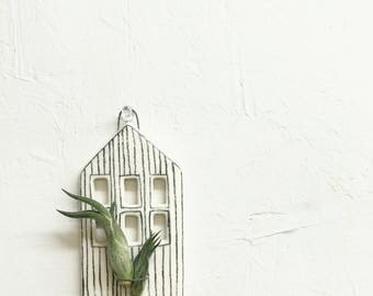Casita - Air Plant Holder