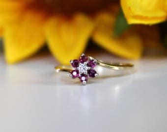 Ruby flower ring, Vintage Red Ruby ring, Floral halo engagement ring, graduation gift, sweet 16