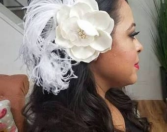Handmade Champagne or Ivory Bridal Flower Feather Fascinator with Veil, Bridal headpiece, Wedding Headpiece, 1920s Headpiece, Bandeau Veil