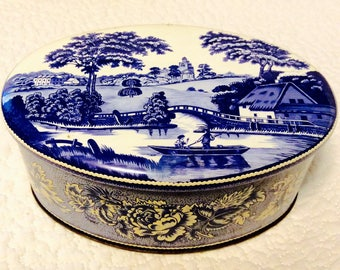 ENGLAND DAHER TIN with Blue Flowers and English Countryside Vintage Collectible