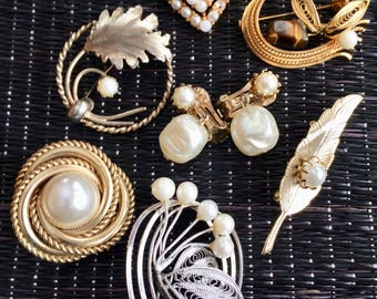 Vintage Brooch Lot, Faux Pearl