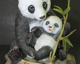 Maruri Precious Panda Collection Mother's Cuddle Panda Bear Figurine 1992 Maruri USA
