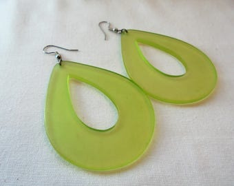 Vintage Greenery Green Hoop Earrings Dangle Lucite Large Chunky POP ART  Mod Groovy Vintage Plastic Art Deco Retro Statement
