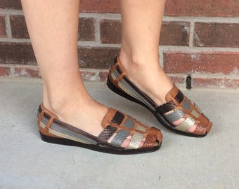 vtg 80s STRAPPY multi tone HUARACHE SANDALS flats 7.5 strappy woven leather boho hippie wedges shoes festival