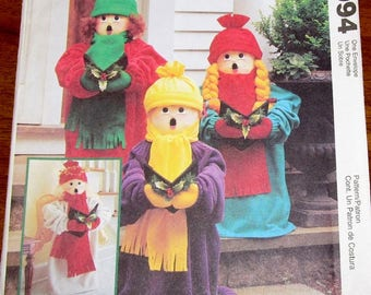 """Craft Sewing Pattern McCall's 2994 Christmas Caroler Porch Decor Dolls, 24"""" Tall, Hat, Angel Wings, Holiday Porch Decor Uncut Factory Folds"""