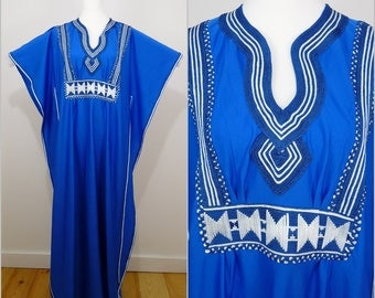 Hippy VINTAGE 1970s Bohemian Blue White Ethnic Rope Braid Wide Cut Caftan Maxi Dress Size M/L / Marakesh / Gorgeous Colour