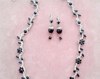 Rhinestone Flower Necklace & Dangle Earrings Set Black and Silver