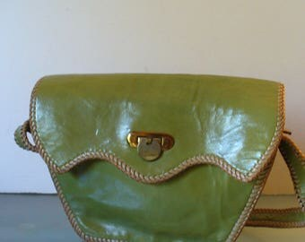 Vintage Avocado Green Hand Bag
