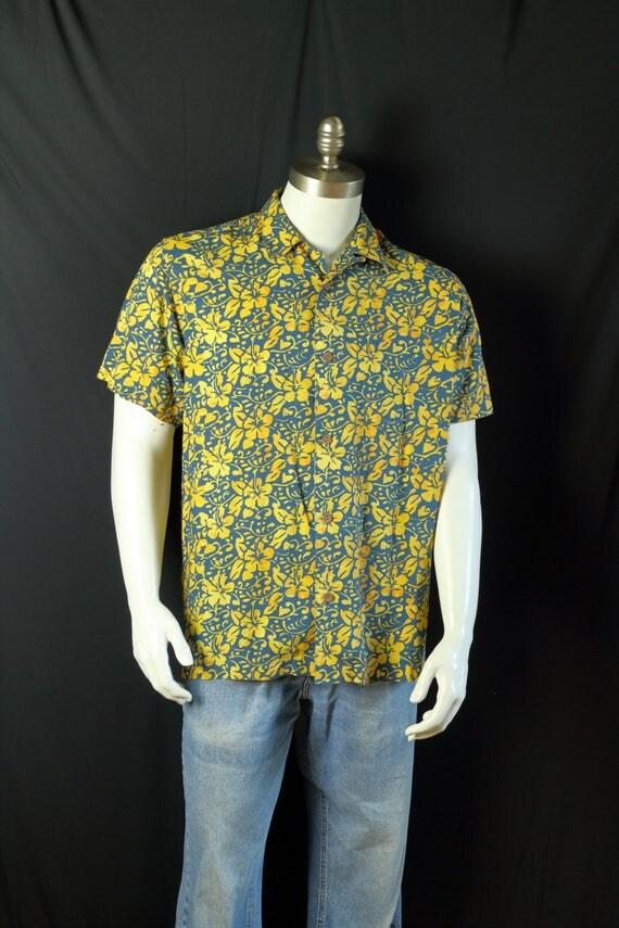 Rayon shirts mens vintage clothing 90s short sleeve button up for Mens rayon dress shirts