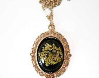 Mom gift Flower necklace gold tone resin jewelry gift grandmother Pressed Victorian necklace Yellow Queen Anne Lace 19th century necklace