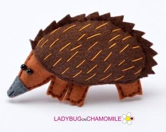 Felt ECHIDNA, stuffed felt Echidna magnet or ornament, cute Echidna, Echidna toy, Australian animals, home decor, Nursery decor, Aussie