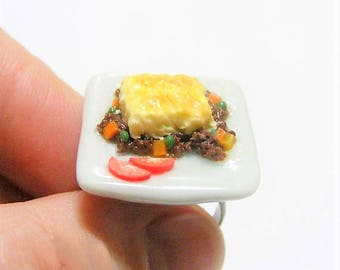 SALE Food Jewelry Cottage Pie Ring, Shepherds Pie Ring, Polymer clay food, Miniature Food Jewellery, Mini Food Ring, Mince and Mash ring