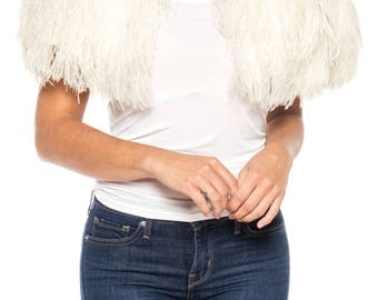 1950s Ostrich Feather Capelet Size: FREE