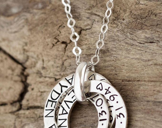 Jewelry for Mom Christmas | Russian Name Necklace | Sterling Silver | Intertwined Circle Rings | Banded Name Necklace with Children's Names