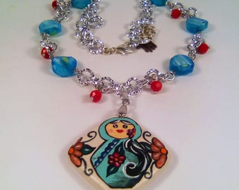 "Necklace with hand-painted pendant: ""matrioska"""