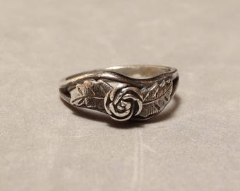 Vintage Native American Ring Sterling Silver Rose Wheeler WMCo Indian Jewelry Size 8