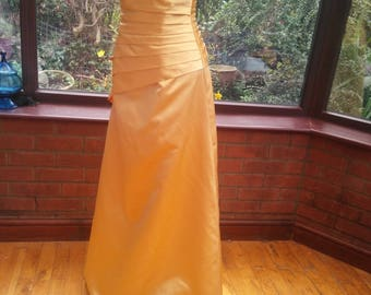 uk-size10/12 USA size8/10 yellow gold prom ballgown bridesmaid evening dress padded shaped boned corset top full skirt and pleated bodice