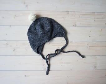 Grey baby hat, baby bonnet, knit baby beanie hat, knit baby bonnet, baby winter hat, baby boy beanie, baby girl hat, pompom hat, baby knit