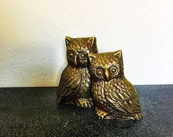 Vintage Brass Owls - Pair of Owls - Brass Owls - Bookcase decor - Paperweights - Office Decor