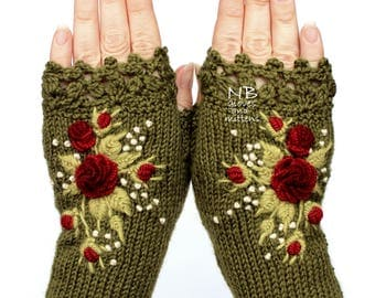 Knit Fingerless Gloves, Green Gloves With Red Roses, Stumpwork Embroidery, Embroidered Rose, Gloves & Mittens, For Her, Winter Accessories