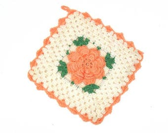Vintage Crocheted Potholder with Rose, Crocheted Hot Pad in Peach and White, Free Shipping U.S.