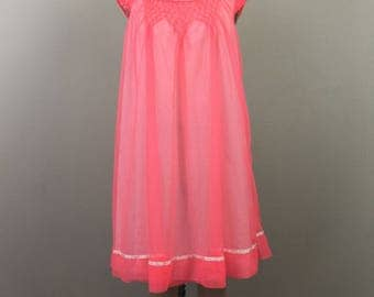 Vintage 60s Day Glow Pink BABYDOLL Top Negligee Loungewear Nightie MOVIE STAR S/M