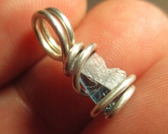 Blue Sapphire Pendant / Sapphire Necklace / Sapphire Jewelry / Sapphire / Wisdom and Protection / Spiritual Intuition / Creativity & Joy