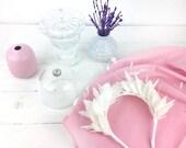 Hellisay - Diadema de plumas azules para invitada de boda, diadema para novia, diadema de ballet, tocado azul de plumas, accesorio de plumas