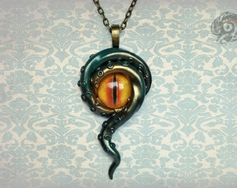 Fantasy Steampunk green Kraken eye pendant // Amber coloured glass eye & polymer clay tentacles // Lovecraft Cthulhu gift // Chain sold sep.