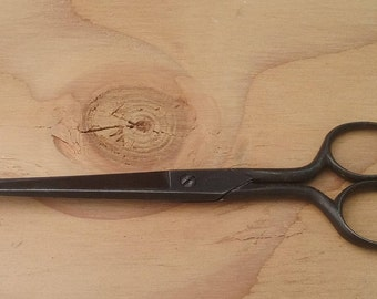 Vintage scissor black