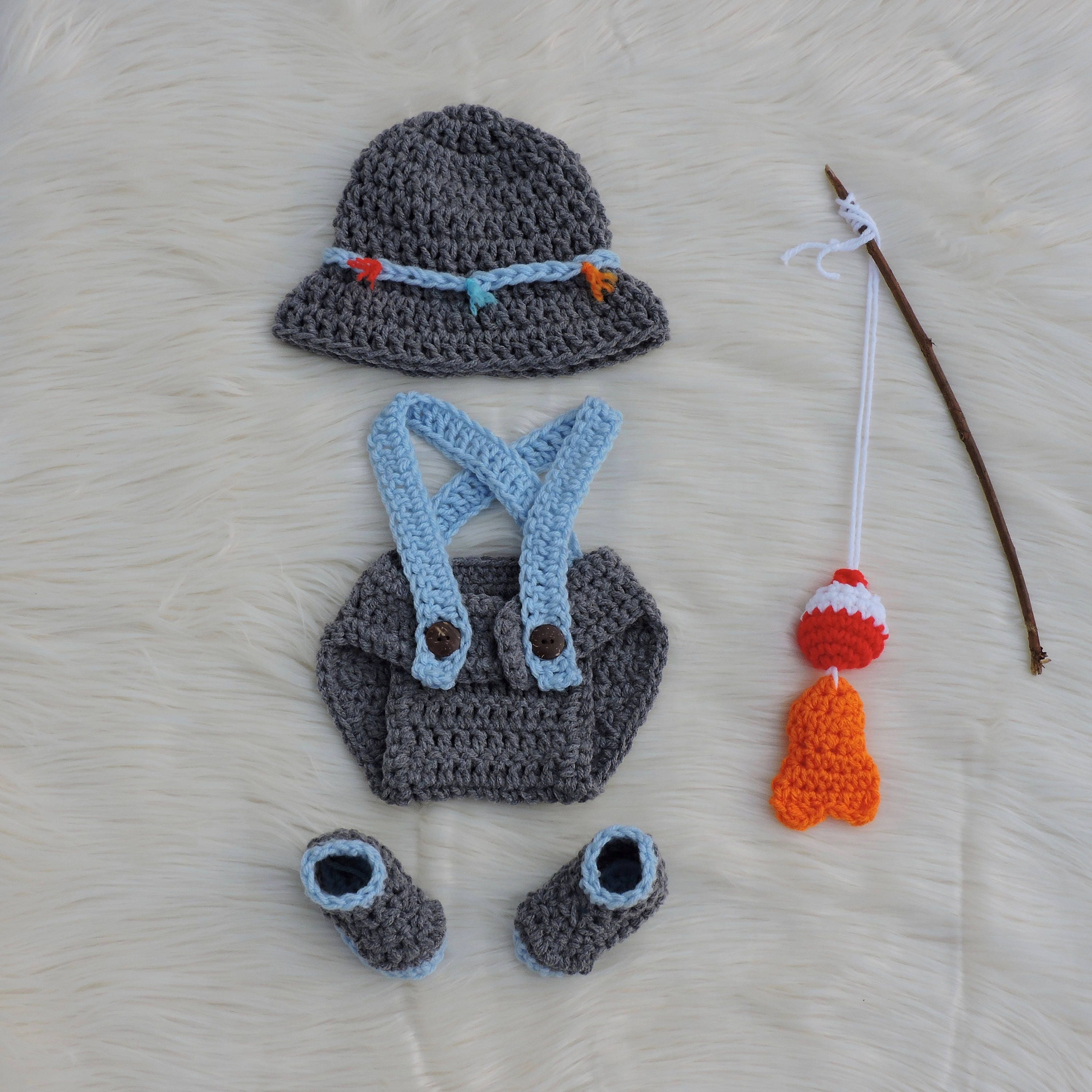 Photo outfit fishing baby boy fishing fly fishing baby for Baby fishing outfit