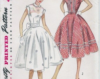 1950s Simplicity 4185 Junior's One Piece Dress Sewing Pattern UNCUT