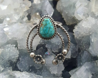 Turquoise Ring, Turquoise Sterling Silver Ring, Turquoise Naja Ring, Southwestern, Turquoise Jewelry,  Native American Jewelry, Size 6 Ring