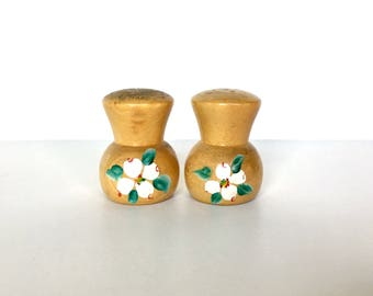 Vintage Salt & Pepper Shaker Set - Wood Shakers with Painted Flowers - Cork Stoppers